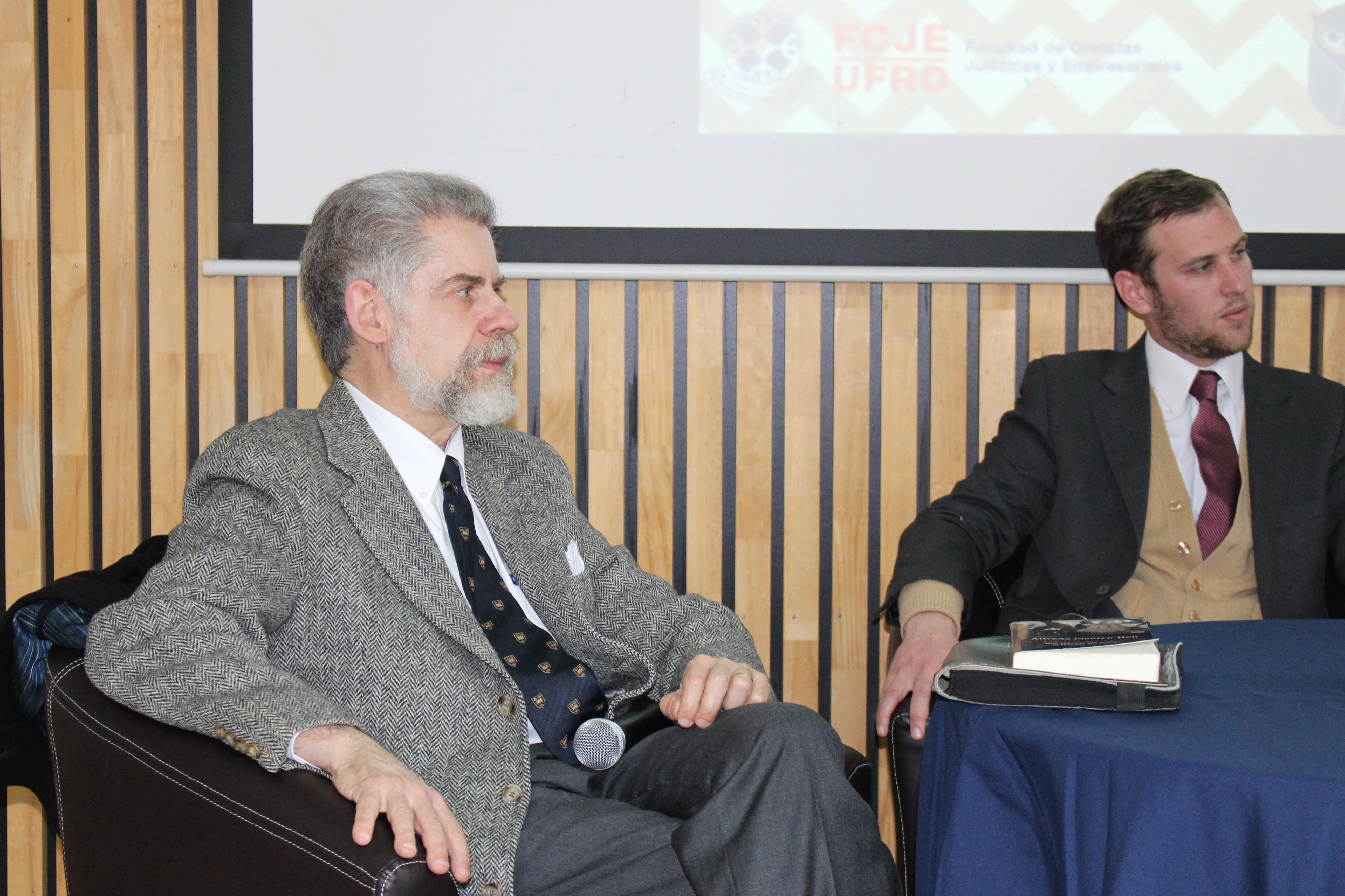 Presentación Segunda Edición «El Chile perplejo», de Alfredo Jocelyn-Holt.